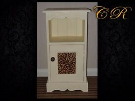 Couronne Royale - A Bedside Unit - Sold STC