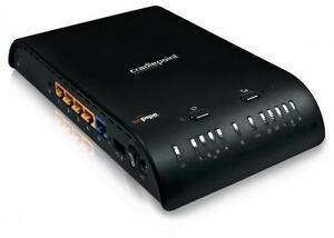 Router sans fil Gigabit Craddle Point MBR1200. Peut se brancher a Internet par modem DSL, cable, ou par modem cellulaire
