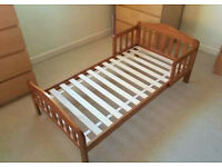TODDLER/JUNIOR BED - GREAT CONDITION - £40 - IDEAL FIRST BED - UNISEX