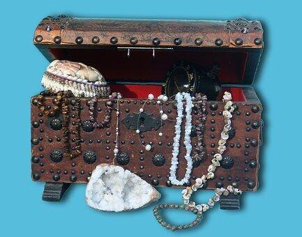 LeeLee's Treasures