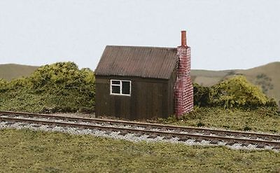 Wills SS50 Platelayers Hut (OO gauge plastic kit)
