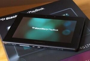 BRAND NEW BLACKBERRY PLAYBOOK 16GB - WITH CHARGING POD AND CASE