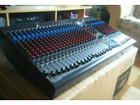 Peavey 32FX 32 channel Live Sound & Recording Mixer Mixing Board DJ or Band