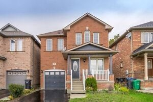 Gorgeous 4Bdr 3Bth Detached Home In Vales Of Castlemore Court