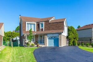 Stunning Detached Home Finished Basement Sep Entrance MUST SEE
