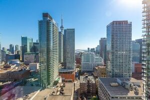Lovely Condo In The Heart Of Toronto At Richmond St
