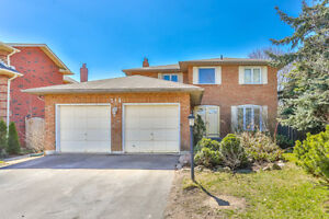 2 Storey Detached Home for sale in Stouffville - 60' LOT