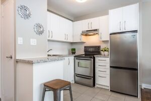 Jr.1 BR -Renovated Suites-Liberty Village-Downtown! CALL NOW!