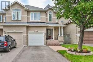 546 Heddle Cres Newmarket Ontario Home for sale!