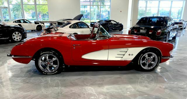 1960 Red Chevrolet Corvette Convertible  | C1 Corvette Photo 6