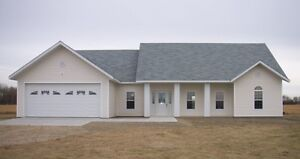 Beautiful country home on acreage minutes from Peace River