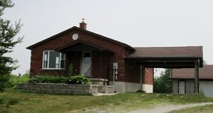 3 bedroom home close to Cobble Beach