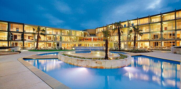 LOS LAGOS II AT HOT SPRINGS VILLAGE AR. 2 BEDROOM LOCKOUT WK. 26 FLOATING ANNUAL - $1.00