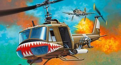 Revell Bell UH-1 Huey Revell 04905  X