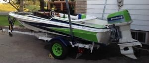 16 ft Larson Speed Boat and Trailer for Sale