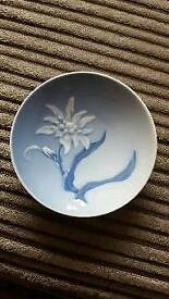 Royal Copenhagen decorative plate
