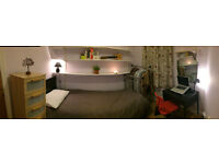 Lovely clean single room for a Non-Smoker female. NW2 . Available now