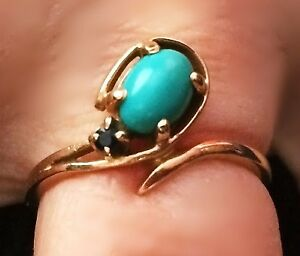 14K GOLD RING WITH STONES AND FREE CLIP ON EARRINGS