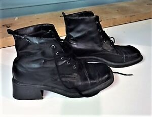 LADIES SIZE 8 WINTER BOOT LEATHER