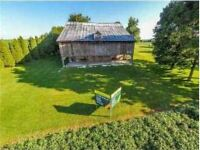 Barn and Driving Shed For Rent.  Picture Perfect