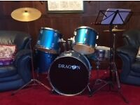 Drum Kit Ideal for beginners