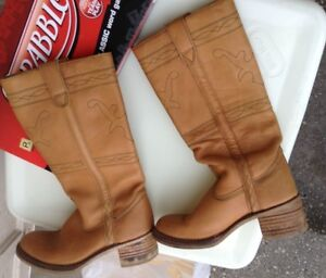 """New condition Ladies """"Fry"""" boots for sale"""