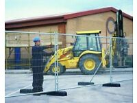Used Building Site Fencing - Two panels, feet and couplers