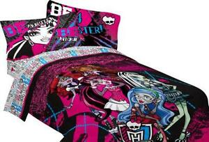 Monster High Comforter Set