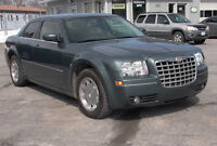 DRASTICALLY REDUCED LOADED 06 Chrysler 300Touring
