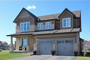 Beautiful Two Storey Four Bedroom Home in Fidlay Creek