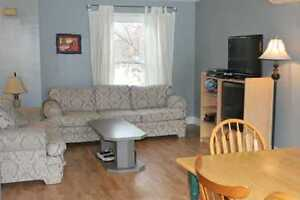 Winter sublet, Ixpress 201/202 to UW, one room, student only Kitchener / Waterloo Kitchener Area image 3
