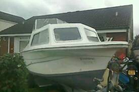 19 foot cabin cruiser with trailer