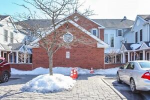 End Unit Townhome in Courtice!