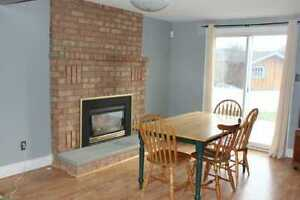 Winter sublet, Ixpress 201/202 to UW, one room, student only Kitchener / Waterloo Kitchener Area image 1