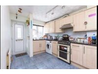 Stunning 3 Bed House with 2 Receptions in Chigwell
