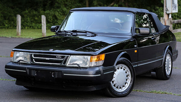 your guide to buying a used saab 900 convertible ebay. Black Bedroom Furniture Sets. Home Design Ideas