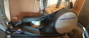 Pro-form elliptical in excellent condition