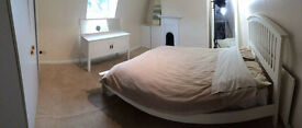 Double room in quiet house **INCLUDING ALL BILLS ** close to M25 Jct 25 + Cheshunt train station