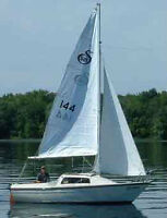 Looking for a Sandpiper 565 sailboat.