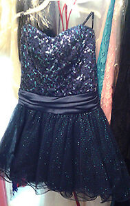 Short Blue Sequinned Top Prom or Party Dress, Size 3
