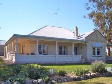 Farm house on 9 acres, Bordertown, Wolseley, South East, SA