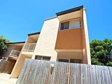 FOR RENT $330- With local shopping centres and amenities at your Redcliffe Redcliffe Area Preview