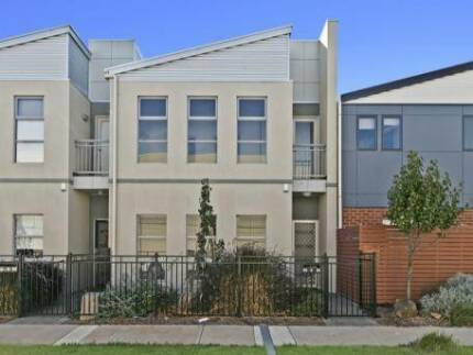 NEAR NEW 2 STOREY TOWNHOUSE NEAR BEACH Findon Charles Sturt Area Preview