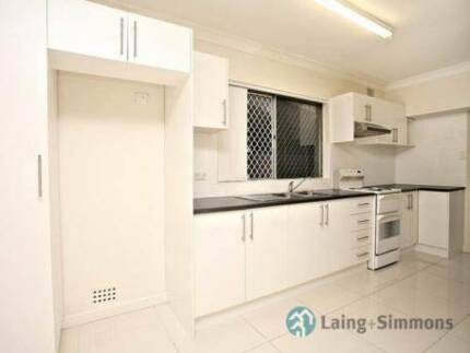 RENT LARGE 2BR GRANNY-FLAT 80SQM - Guildford / Granville
