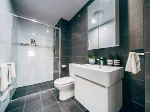 AMAZING LARGE ROOM IN WOLLOONGABBA Woolloongabba Brisbane South West Preview
