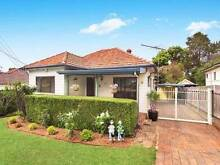 6 Page St Wentworthville Light filled modern 3 bedroom house Wentworthville Parramatta Area Preview