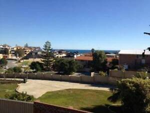 FOR RENT: 8/12 Ozone Pde, Trigg 6020 - $340 p/w. By the beach! North Beach Stirling Area Preview