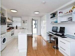 Beautifully renovated and located flat on Broadway by the river Crawley Nedlands Area Preview