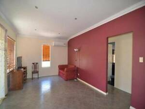 1 room available in Cannington, 12 mts walk to station East Cannington Canning Area Preview