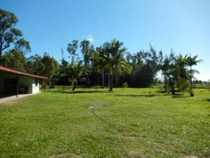 199K..GREAT BARGAIN.SOLID  4 BED.HOUSE ON 2.5 ACRES.BE QUICK. Bilyana Cassowary Coast Preview